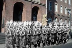 Reichsarbeitsdienst vor dem Rathaus Herne